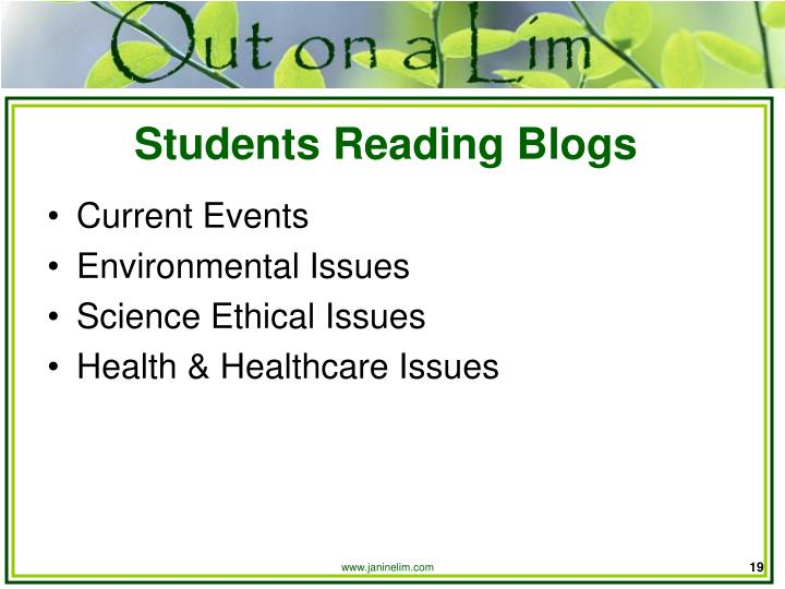 Students Reading Blogs