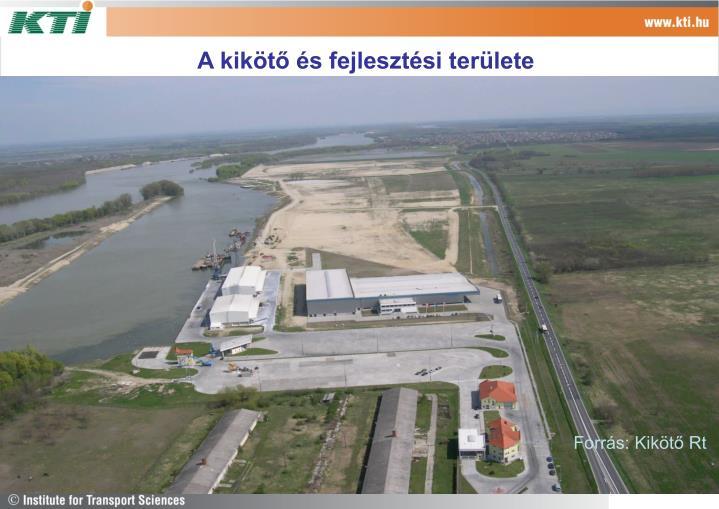 A kikötő és fejlesztési területe