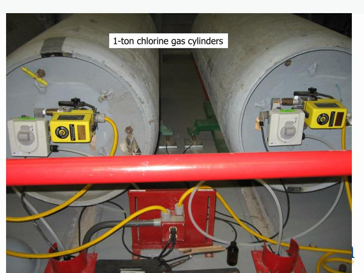 1-ton chlorine gas cylinders