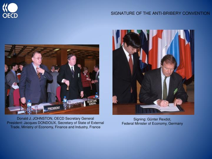 Signature of the anti bribery convention