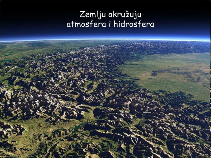 Zemlju okružuju