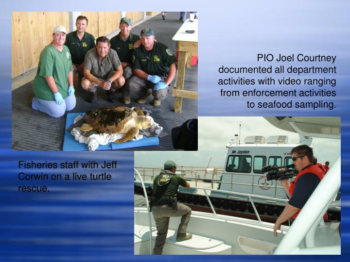 Fisheries staff with Jeff Corwin on a live turtle rescue.