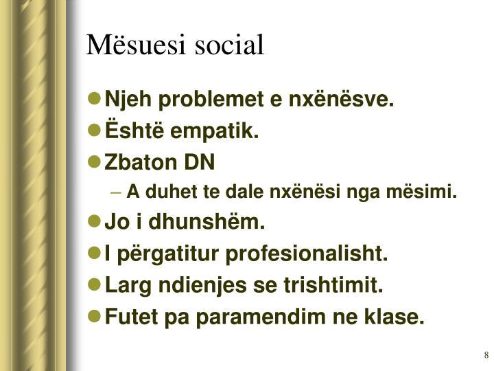Mësuesi social