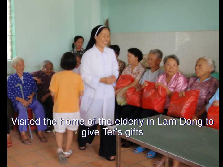 Visited the home of the elderly in Lam Dong to give Tet's gifts
