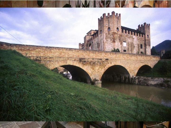 Il Castello di Monselice è un complesso di edifici che si compone di quattro nuclei principali. La parte più antica è il Castelletto con l'annessa Casa Romanica, edificati tra l'XI e il XII secolo. La Torre di Ezzelino è un edificio massiccio del XIII secolo collegato agli altri edifici esistenti per mezzo del rinascimentale Palazzo Marcello del XV secolo. Nel 1935 il conte Vittorio Cini, ereditando il castello, avvia un radicale restauro di tutto il complesso degli edifici introducendo all'interno una vastissima collezione di armi, tavoli, sedie, quadri, arazzi, letti, soprammobili, attrezzi da cucina medievali e rinascimentali.