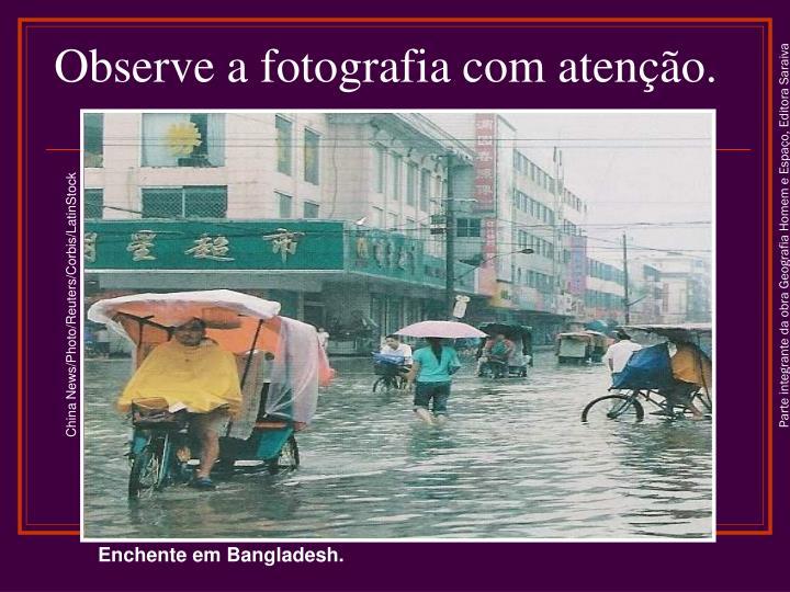 Observe a fotografia com atenção.