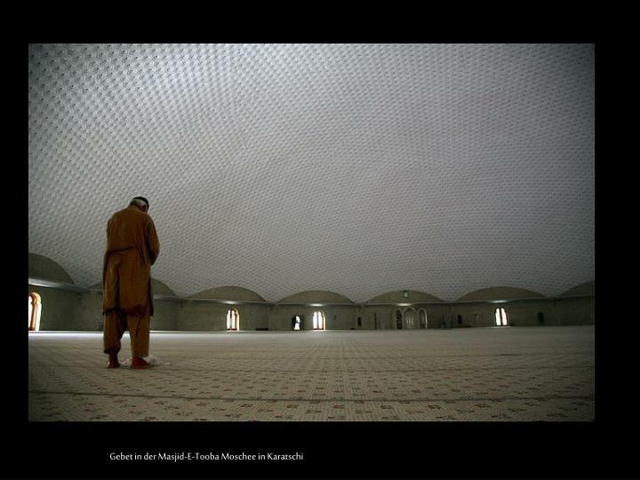 Gebet in der Masjid-E-
