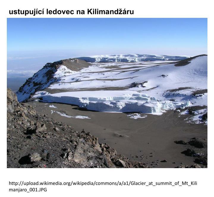 ustupující ledovec na Kilimandžáru