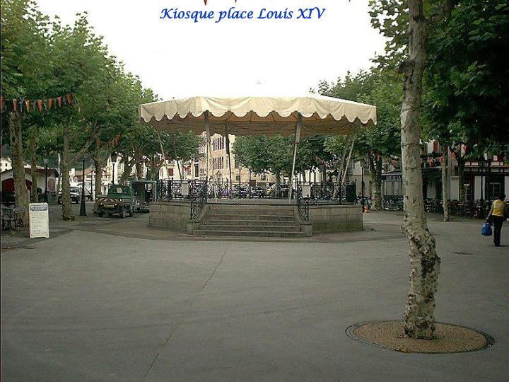 Kiosque place Louis XIV