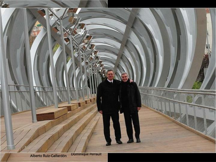 Se debe al prestigioso arquitecto francés Dominique Perrault (París, 1953), quien ha concebido una escultura-puente, a modo de un gigantesco tirabuzón.
