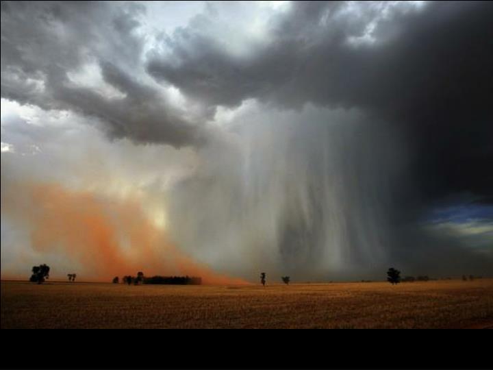 Tempête de sable près de Temora, Australie.