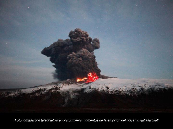 Foto tomada con teleobjetivo en los primeros momentos de la erupcin del volcn Eyjafjallajkull