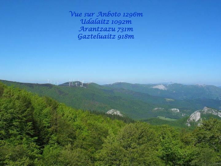 Vue sur Anboto 1296m