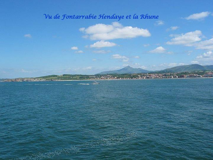 Vu de Fontarrabie Hendaye et la Rhune