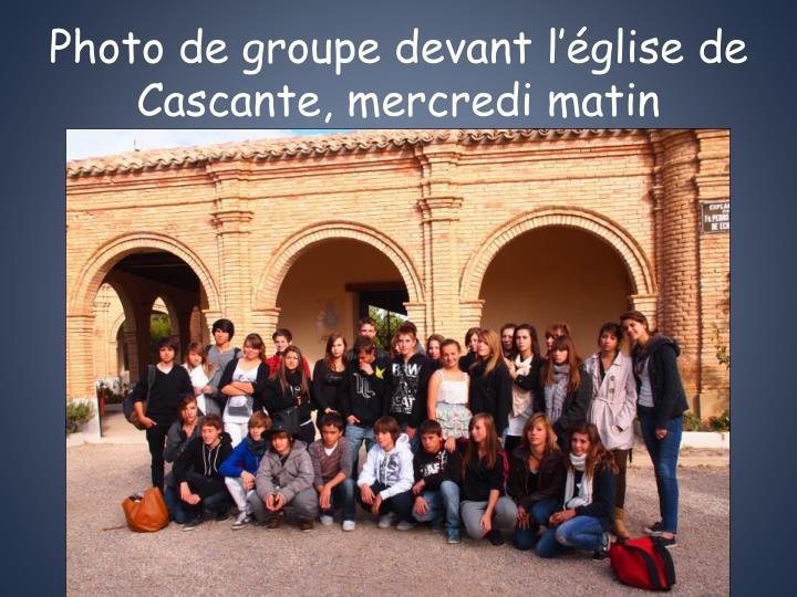 Photo de groupe devant l'église de Cascante, mercredi matin