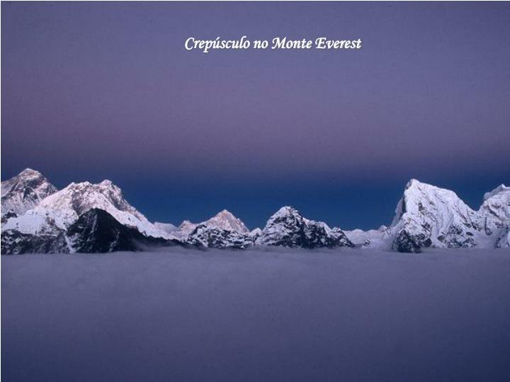 Crepúsculo no Monte Everest