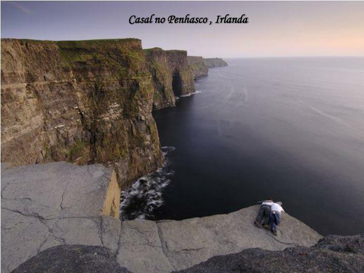 Casal no Penhasco , Irlanda