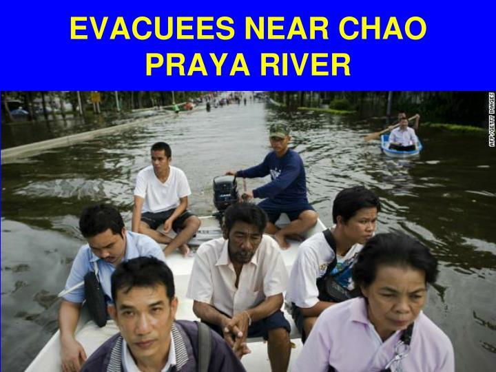 EVACUEES NEAR CHAO PRAYA RIVER