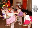 barn fra ballett skolen underholder p 17 mai festen i pskov