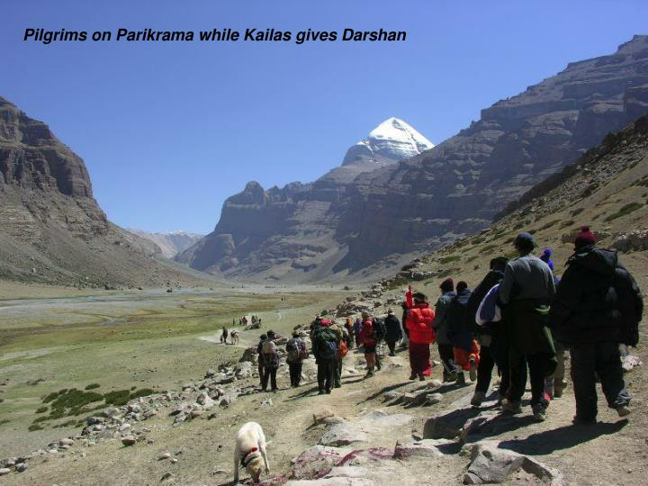 Pilgrims on Parikrama while Kailas gives Darshan