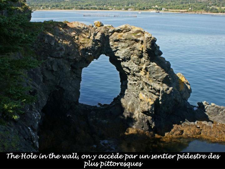 The Hole in the wall, on y accède par un sentier pédestre des plus pittoresques
