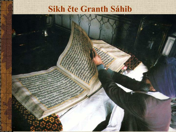 Sikh čte Granth Sáhib
