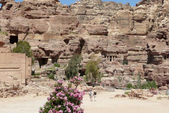 Qasr al-Bint, une des rares structures construites, plutôt que creusées dans la roche, à l'époque nabatéenne vers 30 av JC.